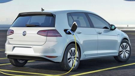 VW e-Golf har solgt i over 2000 eksemplarer - før den i det hele tatt er i landet. Nå ligger det an til solide ventelister.