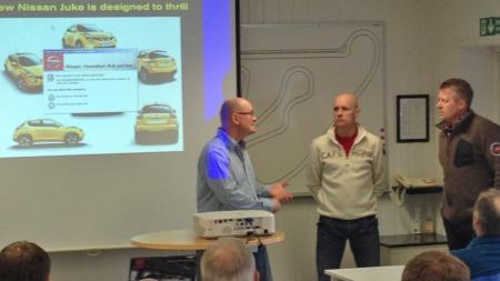 Før kjøringen kunne begynne, var det teori. Tommy Rustad (midten) er naturligvis eksperten, men Jan Erik Larssen har jo noen innspill han også ...