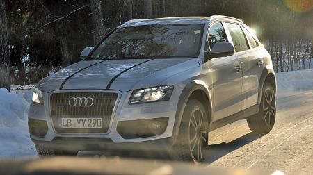 Ved første øyekast en Audi Q5, men det stemmer nok ikke helt. Under skallet finner vi nemlig Porsches nye kompakt-SUV Macan! (Foto: Privat )