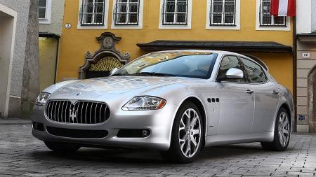 Maserati Quattroporte. Kjekk firmabil, men med litt dårlig signaleffekt. Illustrasjonsbilde.