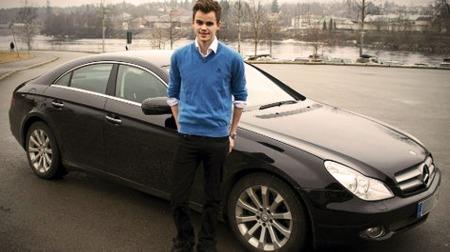Jardar (19) syns bilen er verdt alle pengene. (Foto: Mats Brustad, Glomdalen / ANB)