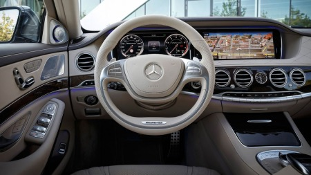 Mercedes-AMG-interiør