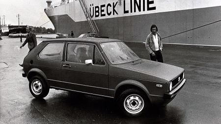 Den første Golf kommer til Norge i 1974 fra Wolfsburg via Lubeck  til Bekkelagskaia i Oslo
