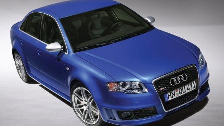Audi RS4 i