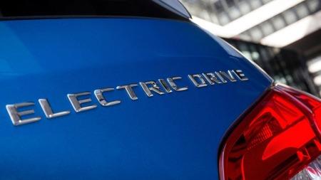 Norske elbilkjøpere får enda en modell å velge mellom når Mercedes kommer med sin elektriske B-klasse.