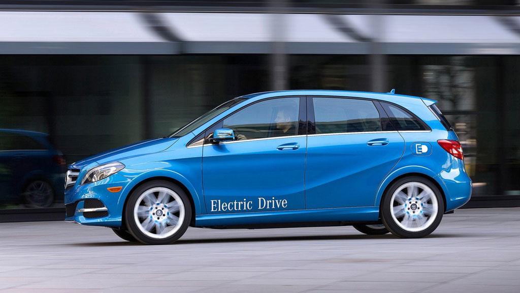 b klasse electric drive se n kommer ogs mercedes med elbil. Black Bedroom Furniture Sets. Home Design Ideas