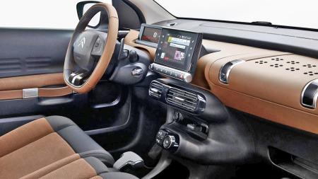 Den ser rimelig spesiell ut - men Citroën skal ha for at de ikke er redde for å gå egne veier - også innvendig. C4 Cactus har en startpris på under 200.000 kroner.