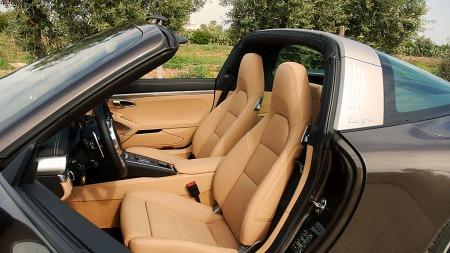 Den føles som en åpen bil. Husk cap og solkrem  (Foto: Benny Christensen)