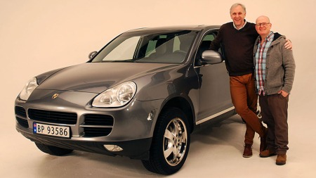 Ukens bruktbil på Broom TV er Porsche Cayenne av første generasjon. Benny har den med seg i studio - ogt overrasker kanskje Jan Erik litt med sitt valg.