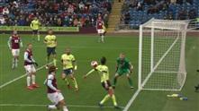 Her tror Bournemouth at de har scoret, men får straffe imot istedenfor