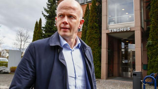 FORSVARER: Svein Holden mener at observasjonen, hvis den stemmer, er egnet til å rokke ved politiets teorier. Han mener at BMW-en burde vært etterlyst.