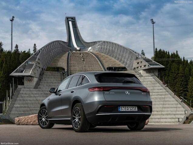 De elektrische compacte SUV Mercedes EQC verkoopt al goed in Noorwegen.