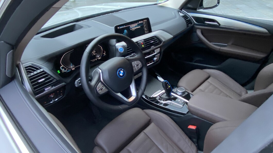 This is BMW as we know it.  And only the sumptuous interior and lots of smart and advanced technology are probably important reasons why many will choose the iX3.