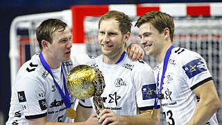 CUP: Sander Sachosen med Champions League-pokalen.