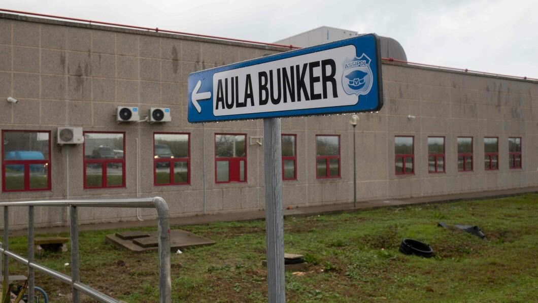 BUNKER: Il bunker su misura in cui si svolgerà il processo per due anni, a Lamezia Terme in Calibria.