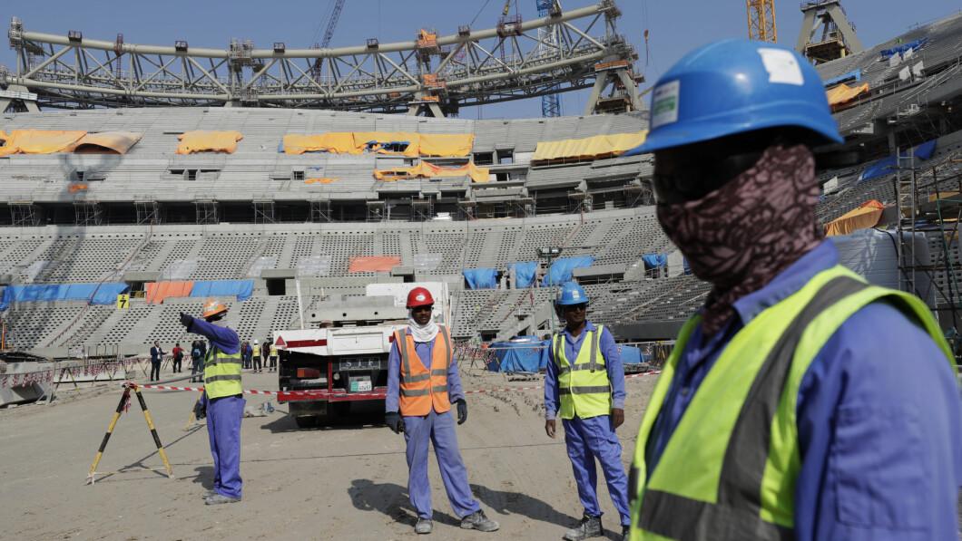 Nuovo edificio: il Qatar ha dovuto costruire diverse nuove arene per il torneo.  Lo stadio Lusail è in costruzione qui.  L'arena può ospitare 80.000 spettatori.