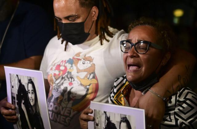 Haddad Balanced: Kela Ortiz è disperata e chiede giustizia dopo l'omicidio di sua figlia.  Foto: AP Photo / Carlos Giusti