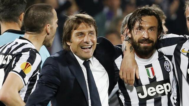 Vecchi amici: Andrea Pirlo ha giocato sotto Antonio Conte per la Juventus.  Pirlo è riuscito per poco ad assicurarsi il suo posto in Champions League nella sua prima stagione da allenatore della Juventus.