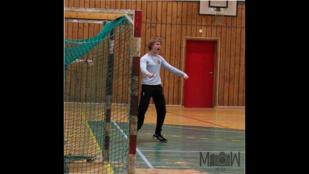 VIL BLI BEST: Keepertalentet er fast bestemt på å bli profesjonell håndballspiller.