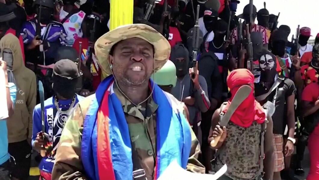 Il capobanda Jimmy Scherezer, meglio conosciuto come The Barbecue, invoca la violenza per le strade di Haiti.
