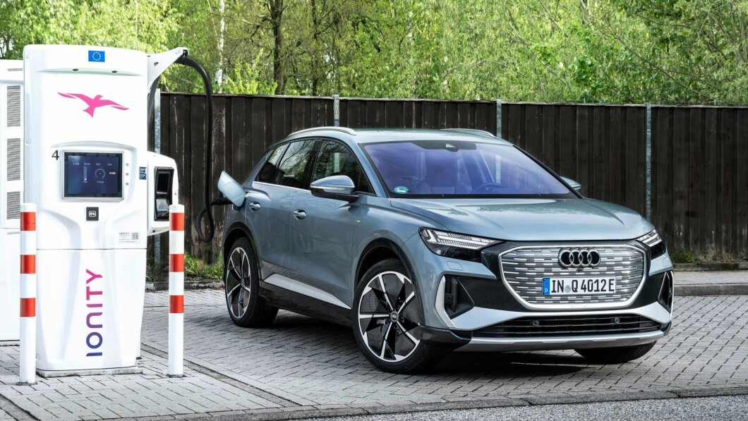 Nuove soluzioni di ricarica appaiono quando i principali mercati europei passano ai veicoli elettrici.