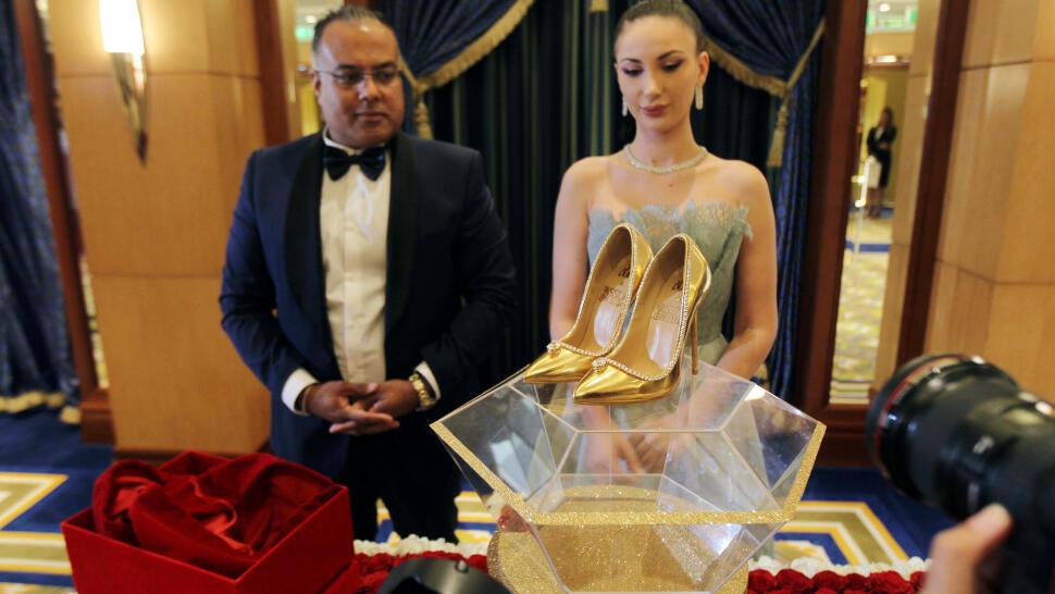 df1055efa91 DIAMANTER PÅ HVITT GULL: Hemant Karamchandani fra Passion Jewellers og  Maria Majari fra Jada Dubai