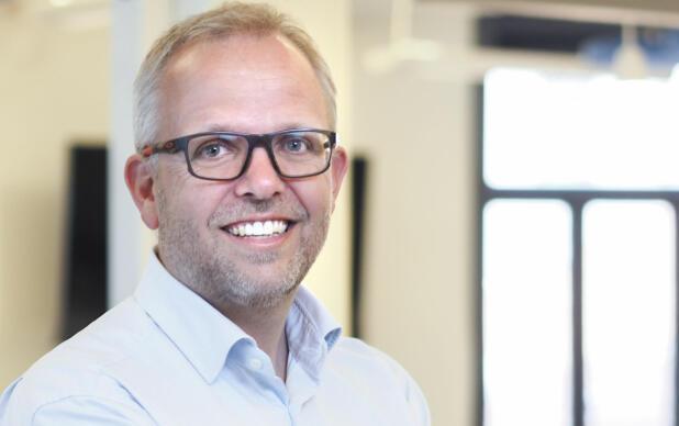 – Dersom flere bruker kontrakt ved bruktbilhandel, kan det høye konfliktnivået senkes, mener Eirik M. Håstein i Finn.no Foto: Finn.no