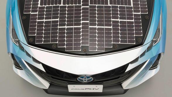 Jo da, det ser litt spesielt ut med solcellene, men det virker i alle fall bra så langt.