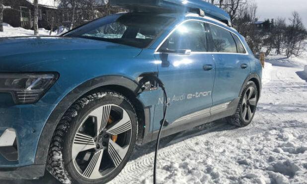 Vinterlandet Norge byr på noen ekstra utfordringer for elbil-eierne.