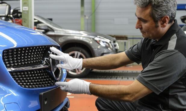 De neste årene må verdens bilprodusenter kvitte seg med flere tusen ansatte. For Daimler innebærer det et kutt på 1,4 milliarder euro, allerede innen 2022.