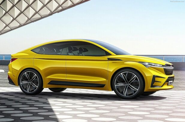 Konseptbilen lover godt, med tanke på Skodas elektriske SUV. Men den blir først tilgjengelig som vanlig SUV – og først senere med den coupeaktige taklinjen til konseptbilen.