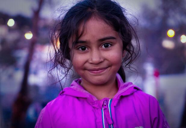 FREMDELES I MORIA: Dattera Maryam har også slitt med sykdom i det siste, men enn så lenge ser det ikke ut til å være like alvorlig som storebroren Maisam. Foto: Ole Enes Ebbesen / TV 2