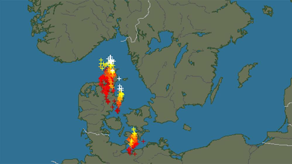 lyn og torden kart Dette tordenværet er på vei mot Norge lyn og torden kart