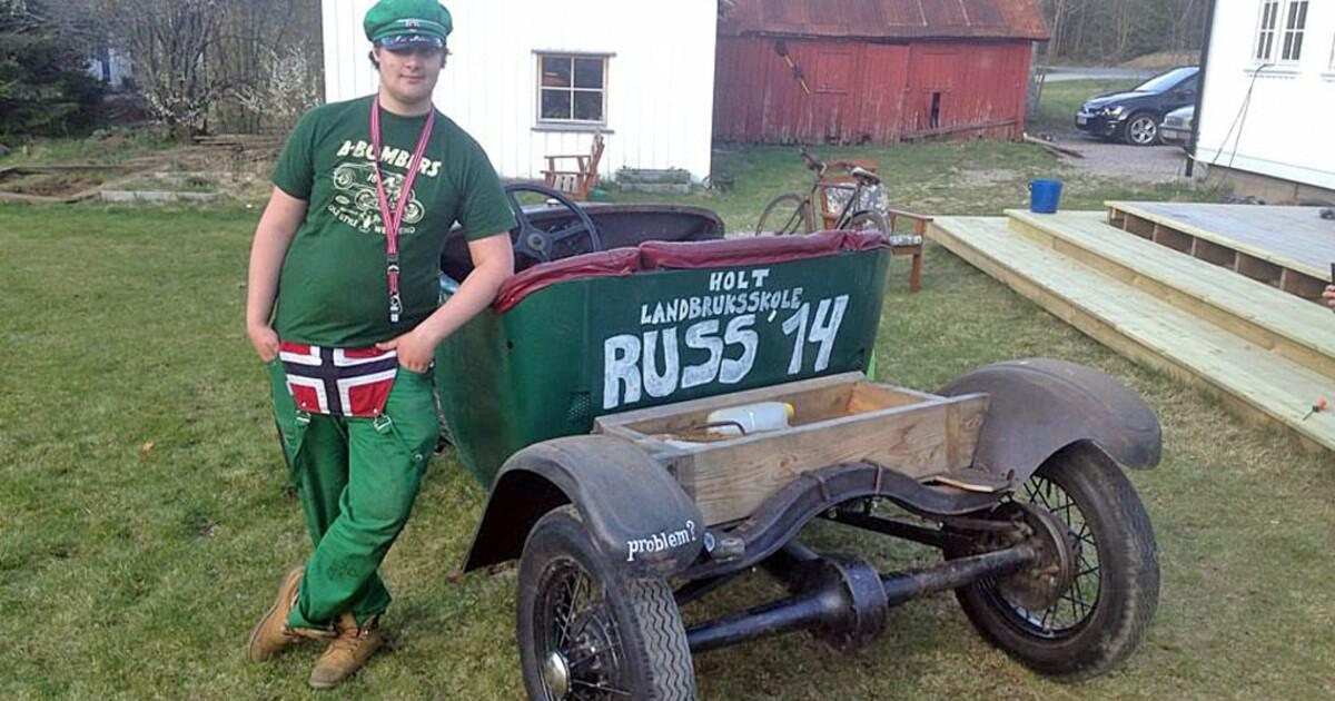 Bilderesultat for morsomme russebiler