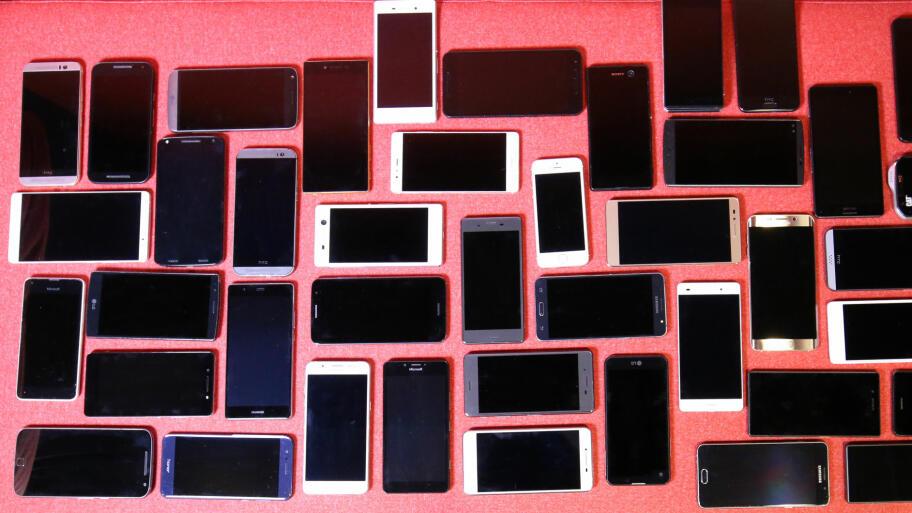 8ffd29de ... hvilken som passer best for deg. MANGE Å VELGE MELLOM: 50  mobiltelefoner er testet av TV 2 hjelper deg og Tek