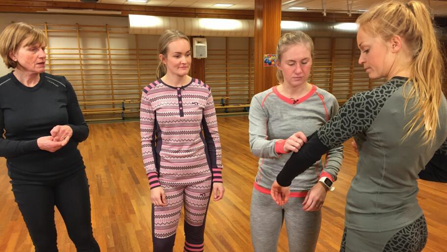 f011e086 Studenter ved friluftslivslinja på Norges idrettshøyskole har testet  ullundertøy.