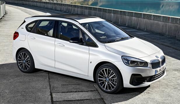 2-serien fra BMW er en kompakt flerbruksbil. Den finnes i vanlig og lang utgave.